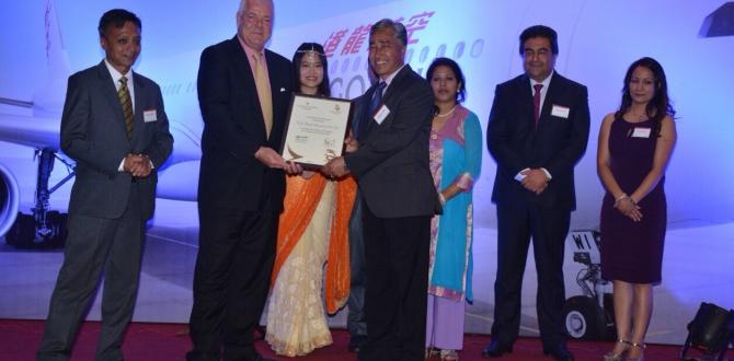 World Freight International Awarded by Cathay Pacific Airlines
